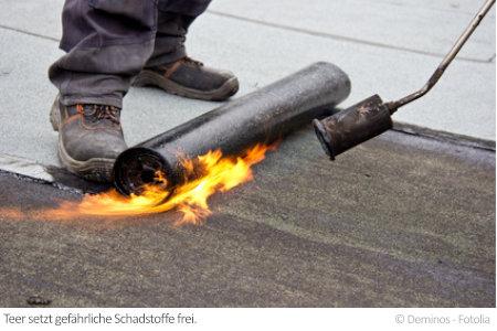 Schadstoffe im Teer sind vor allem in Altbauten weiterhin ein Problem.